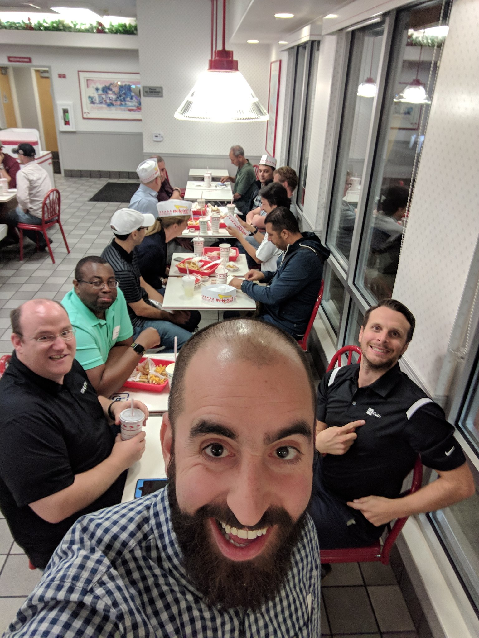 blog/cfd4-in-n-out-burger-group.jpg